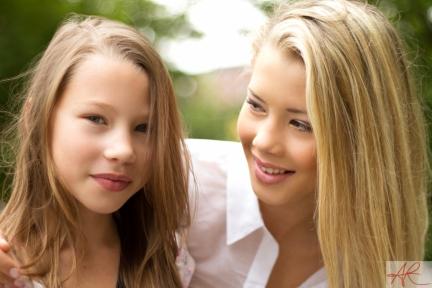 Ida & lil' sis Emeli